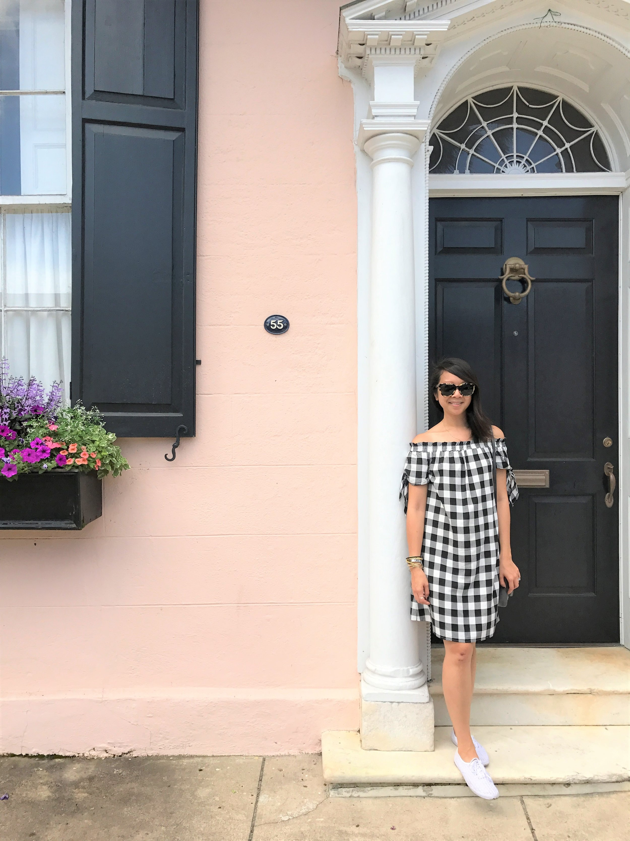 Now that we got all the  food  out of way, let us move on to the places we visited and the things we did while in Charleston (including stopping in front of colorful homes for a photo opp!).