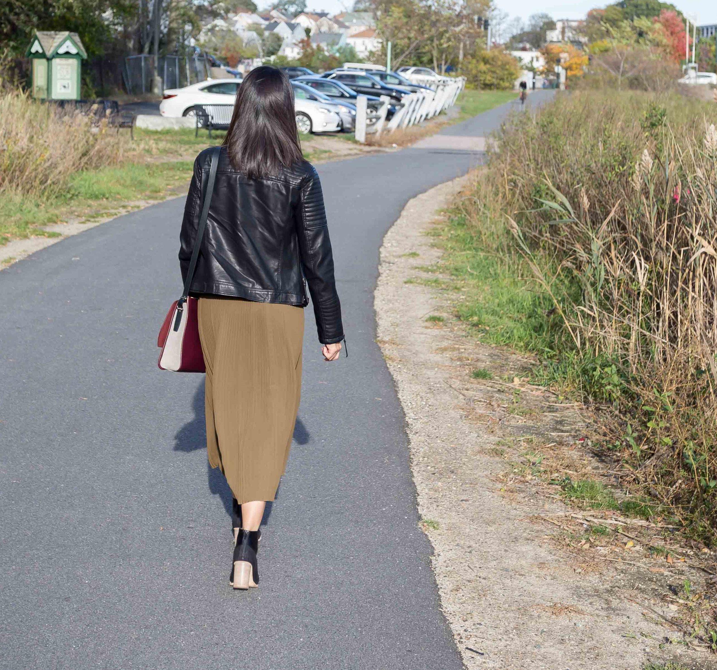 Uniqlo_Chiffon-Pleated-Skirt.jpg