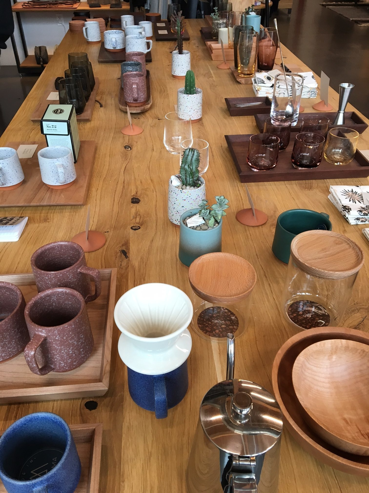 We swung by  Tanner Goods , a store that features high quality leather goods that are crafted in Portland. However, what caught my attention were all the other goods and wares in the store. It was a bit pricier than I had hoped, but it was great to browse.