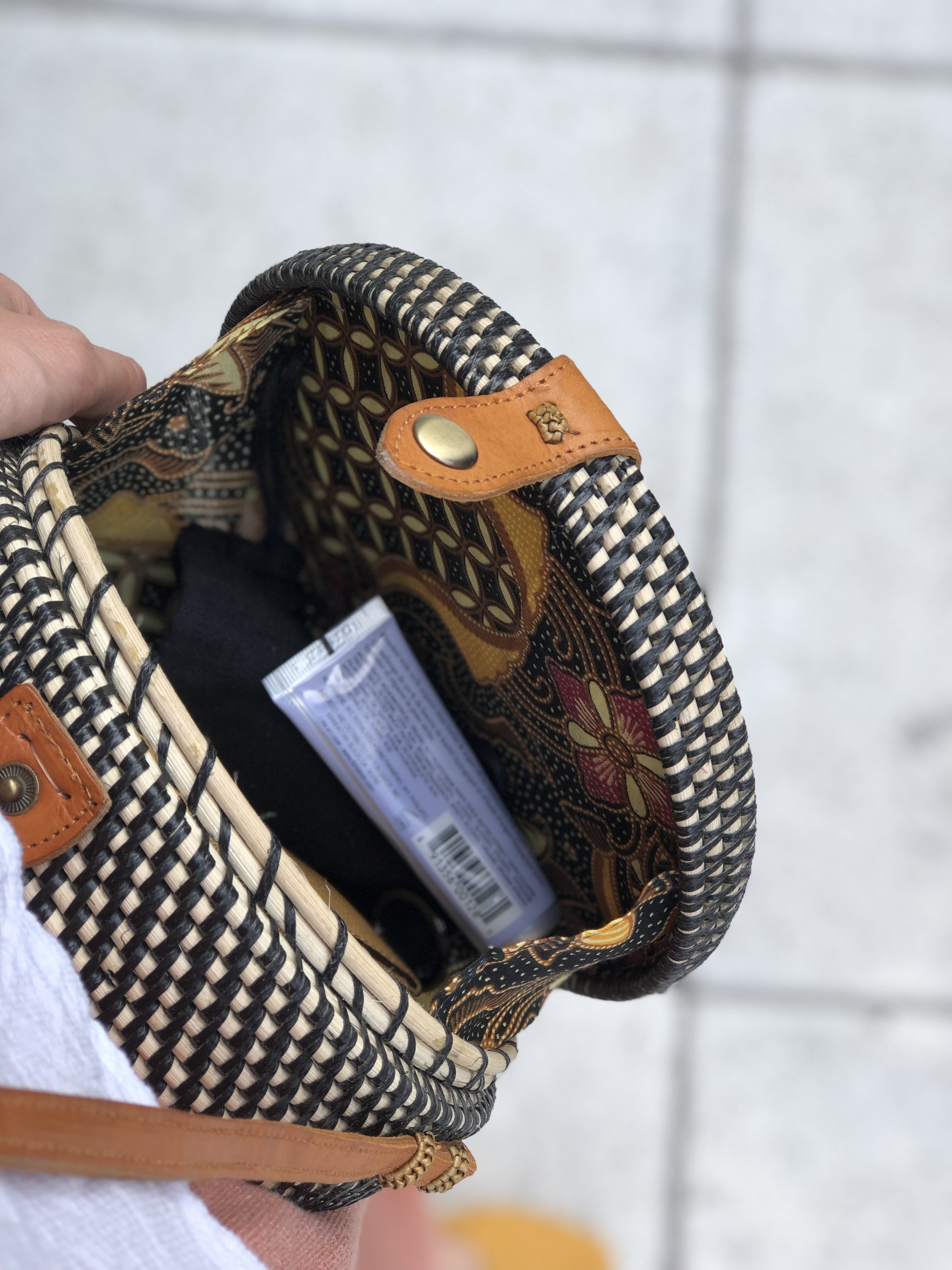 A peek at what's inside. I love the colorful patterned fabric that is used to line the inside of the bag.