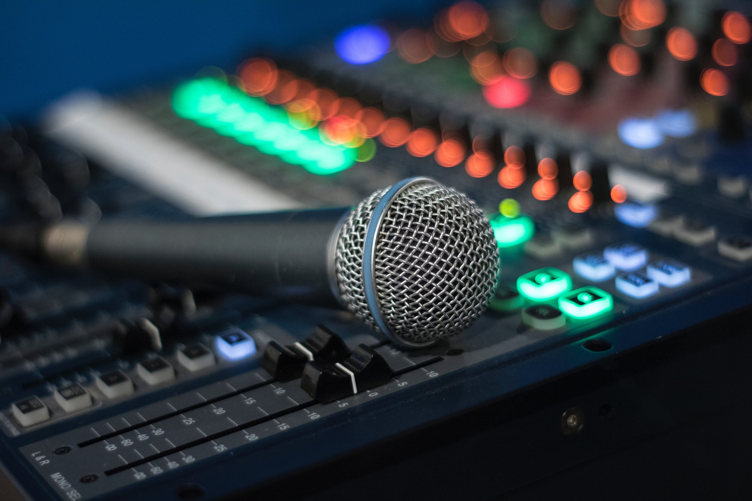 AUDIO/VISUAL   Bring your technical gifts to life by utilizing them to serve in areas such as audio, video, computers, and visual elements.