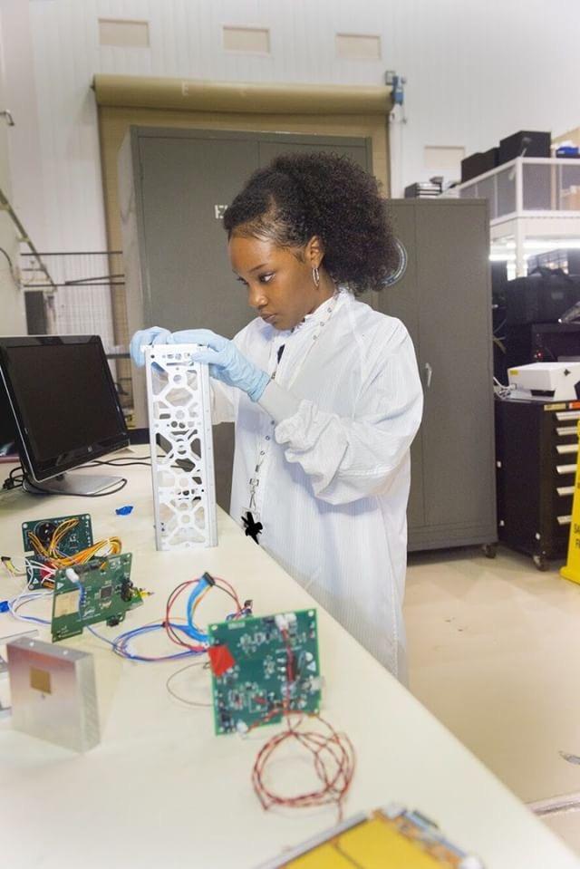 Aerospace-engineer-naia-butler-craig-sistas-in-science