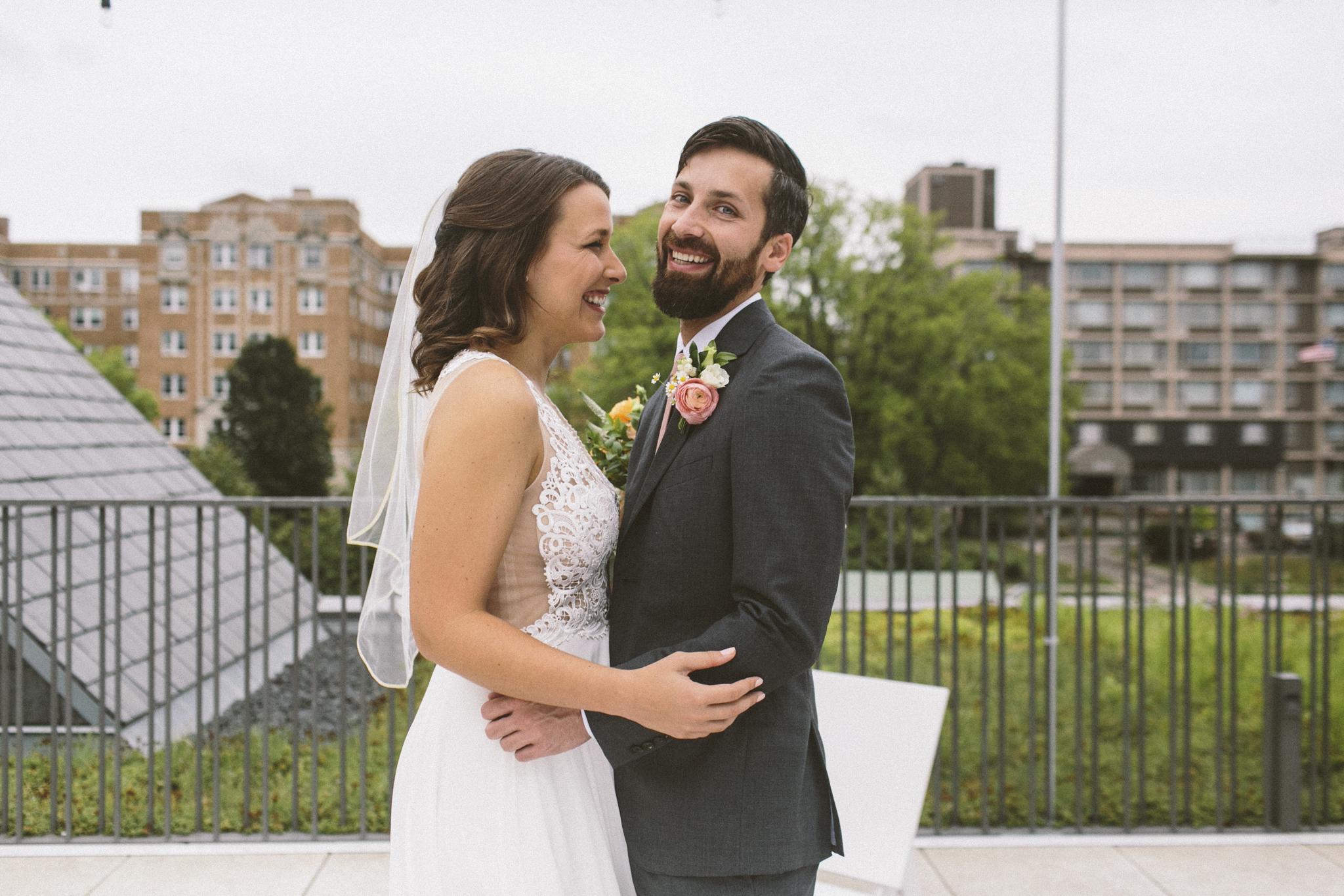 harlan_megmike_wedding_11.jpg