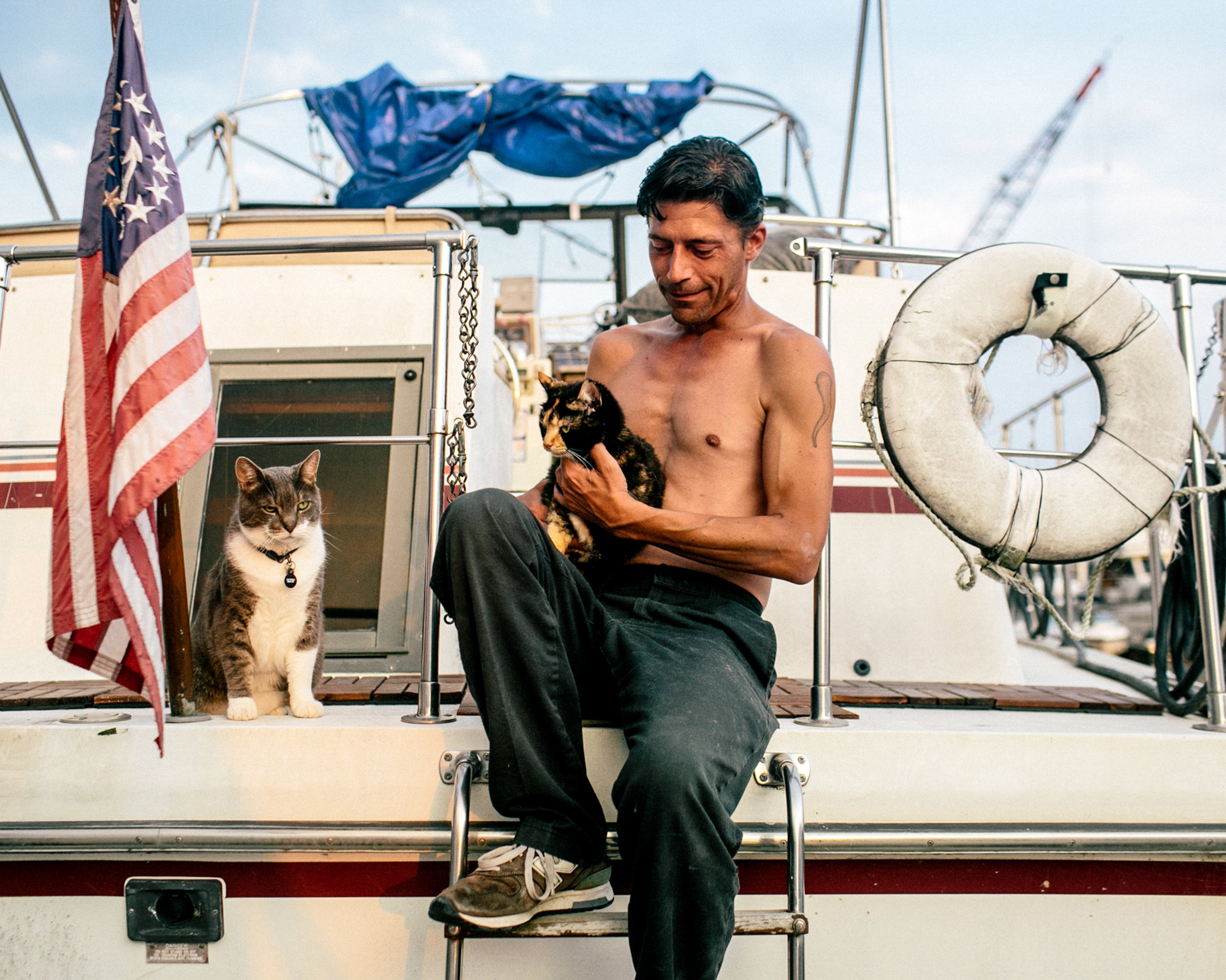 Near D.C.'s Corridors Of Power, A Channel Of Laid-Back Houseboat Life - Featuring photos by Becky Harlan