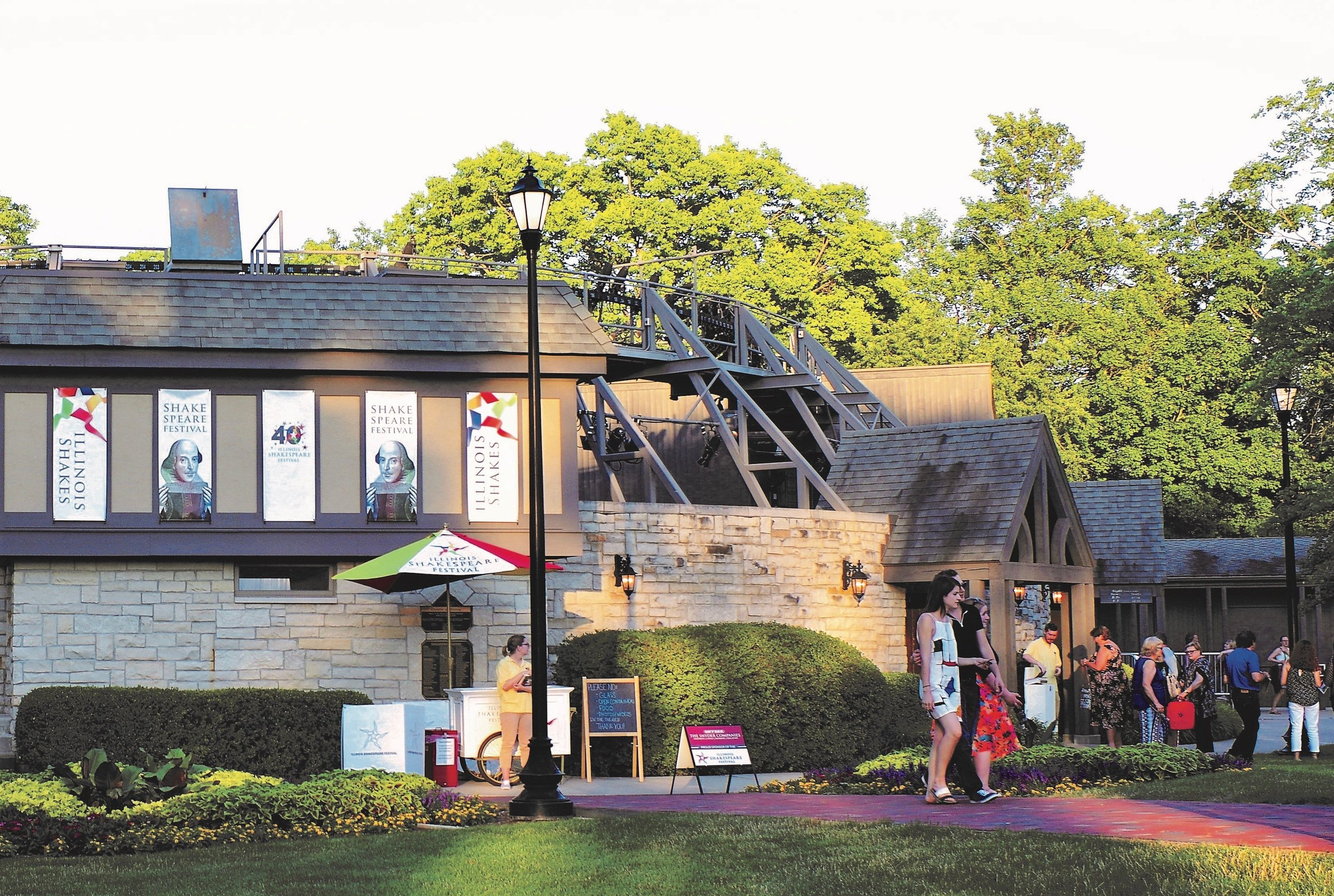 Shakespeare fans enter the theater behind Ewing Manor. (Illinois Shakespeare Festival/Steven Smedley)