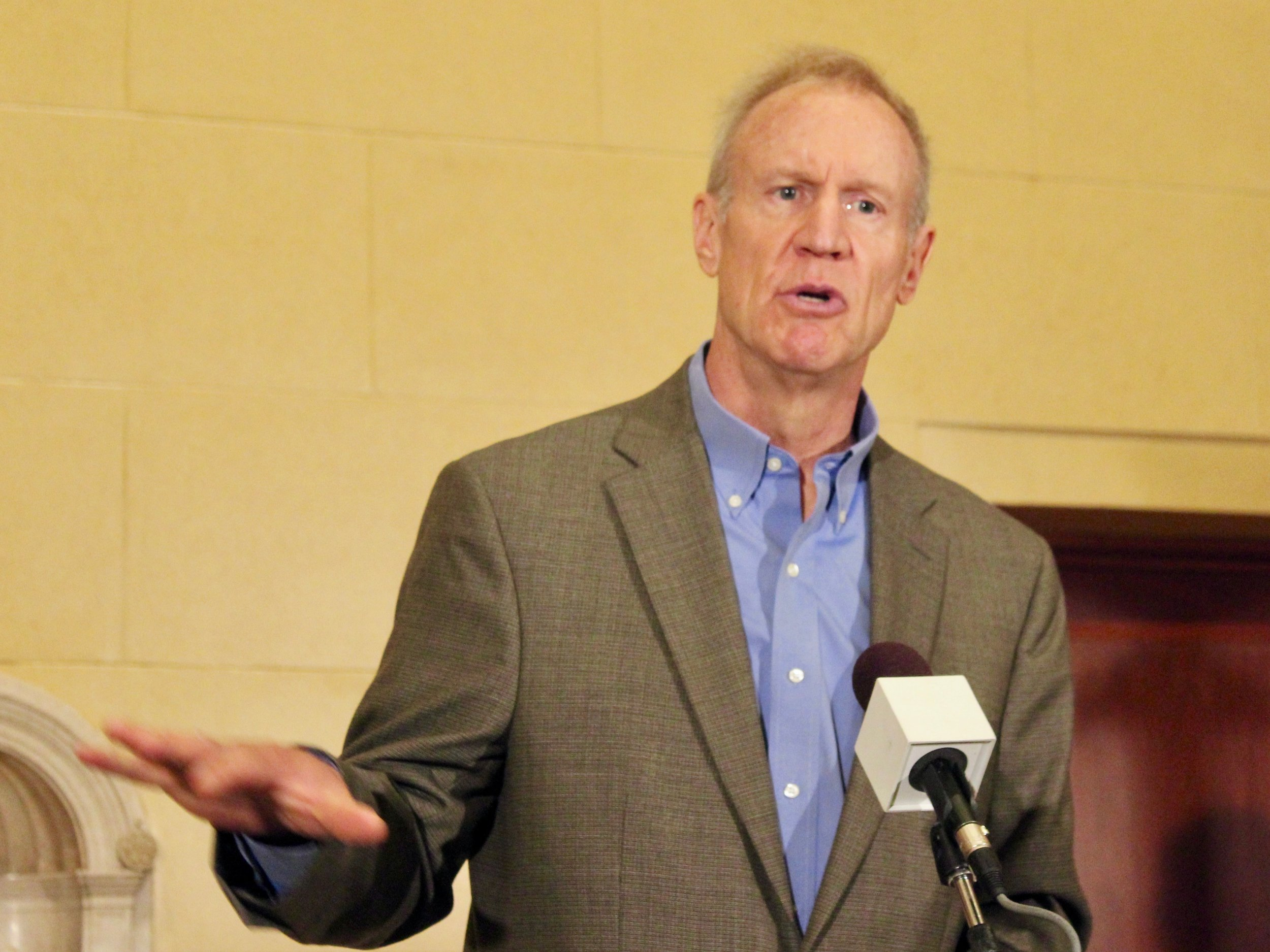Gov. Bruce Rauner has defended the flat income tax and has suggested reducing it. (One Illinois/Ted Cox)