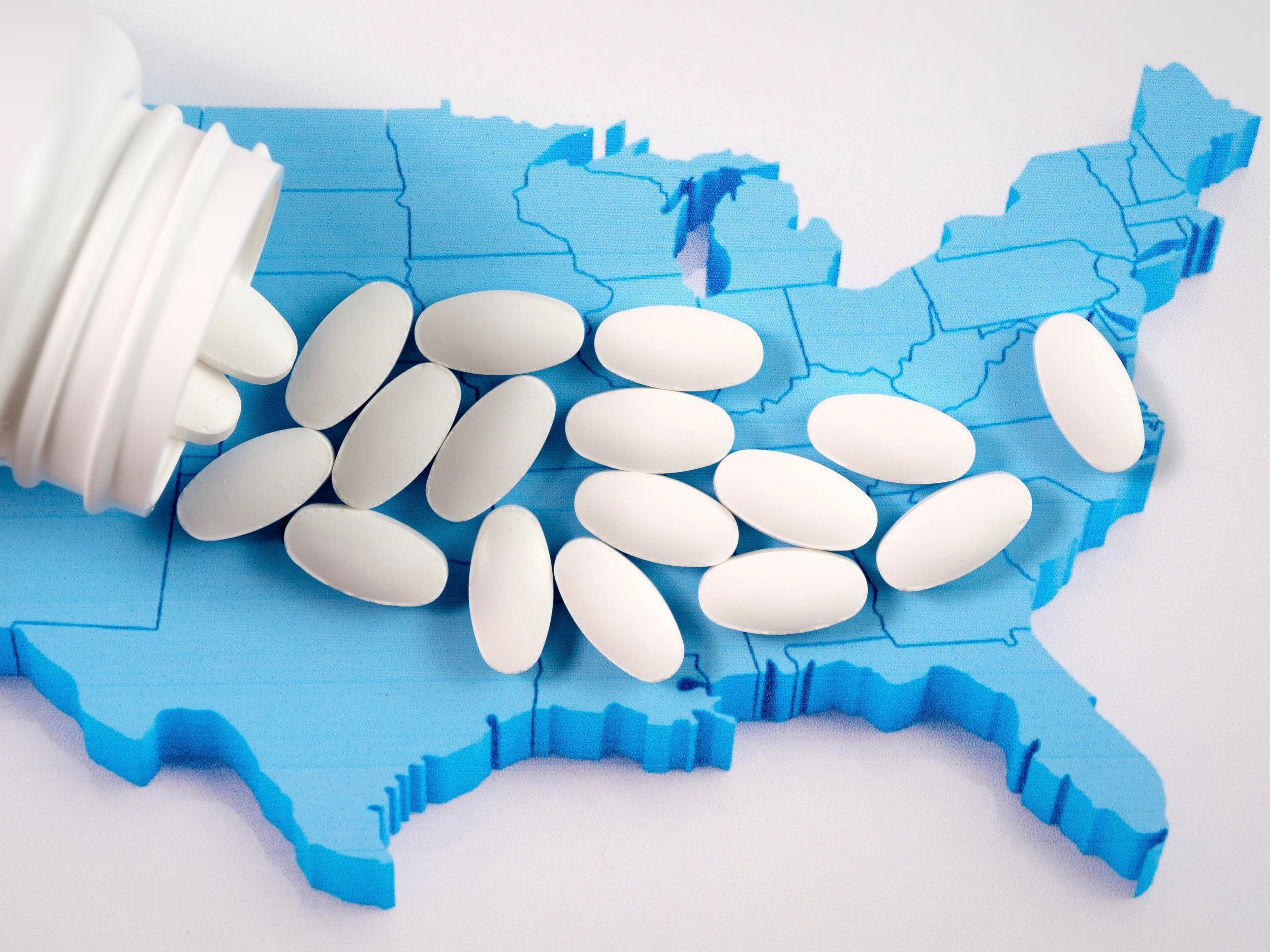 The nation is fighting an opioid epidemic, but as overdose deaths declined slightly nationally they rose 16.8 percent in Illinois last year. (Shutterstock)