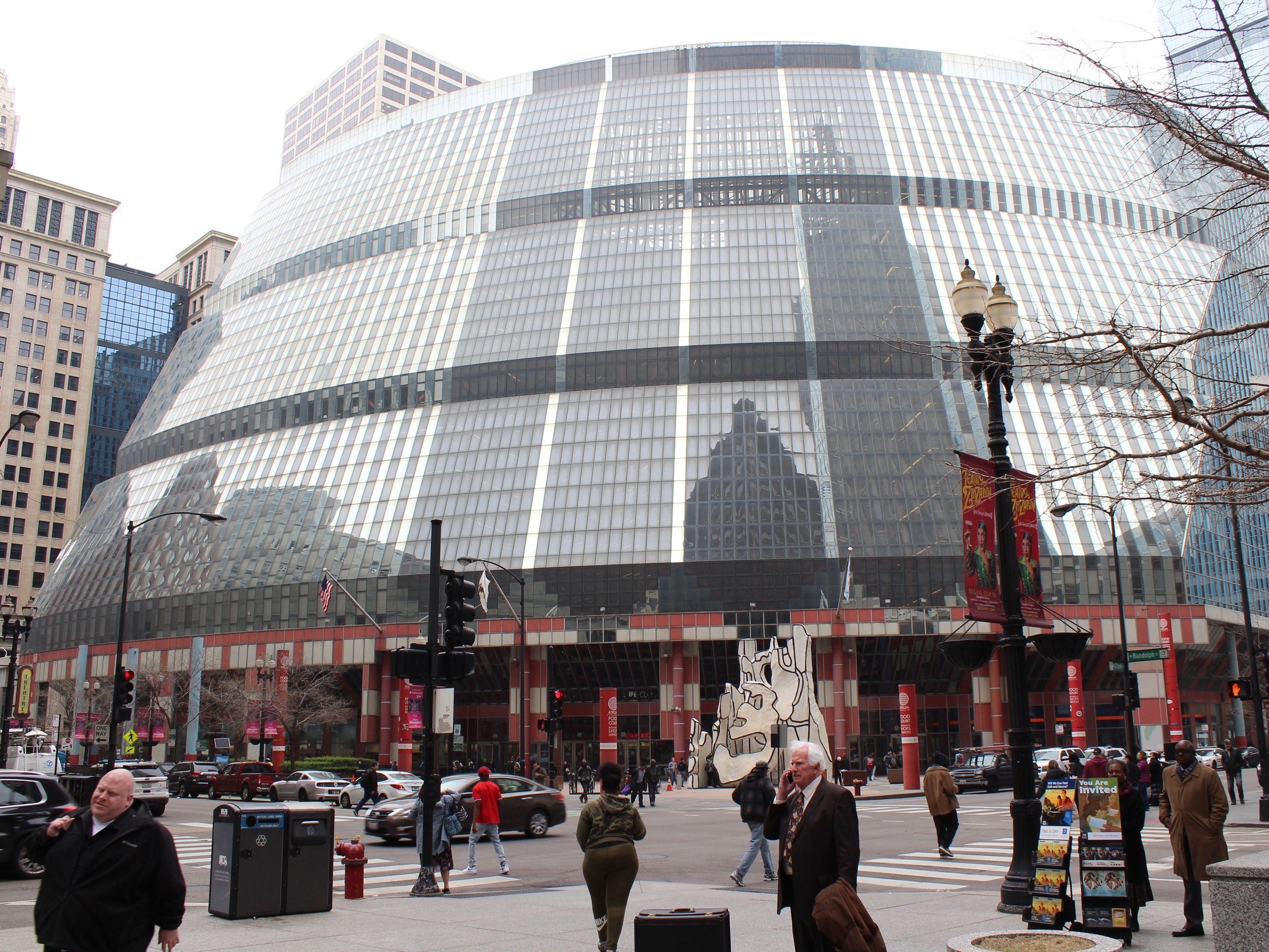 With the state planning to sell the Thompson Center, Landmarks Illinois is pushing for the structure to be retained intact by returning it to a prominent place on the group's annual list of Most Endangered Historic Places. (One Illinois/Ted Cox)