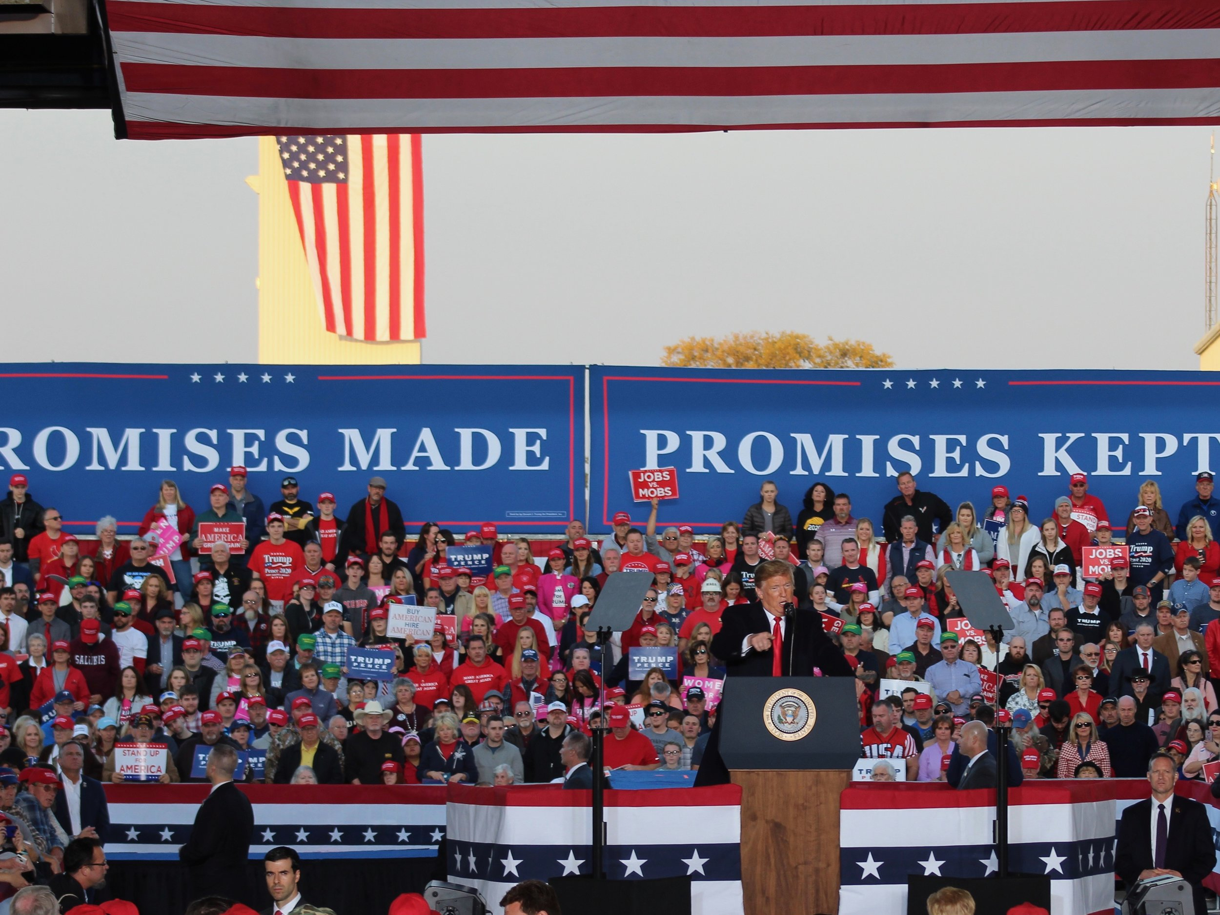 President Trump addresses supporters in Murphysboro last fall. (One Illinois/Ted Cox)