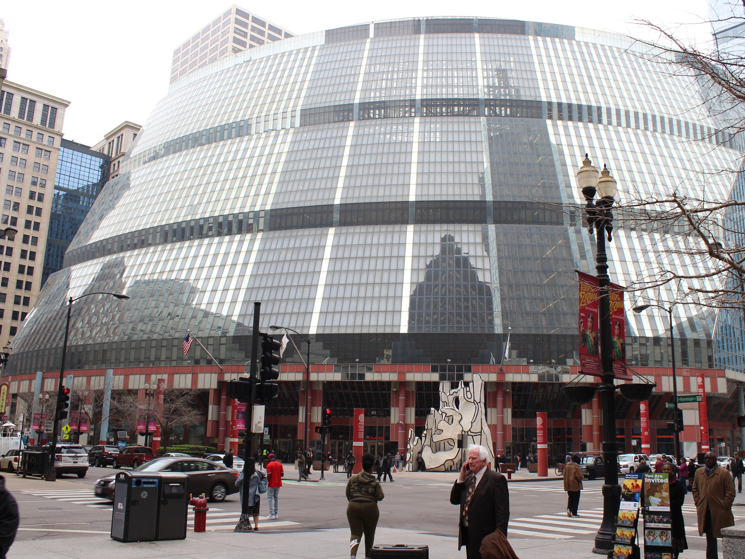 Should the Thompson Center be preserved even if the state succeeds in selling it? (One Illinois/Ted Cox)