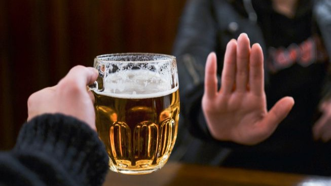 person_refusing_beer.jpg.653x0_q80_crop-smart.jpg