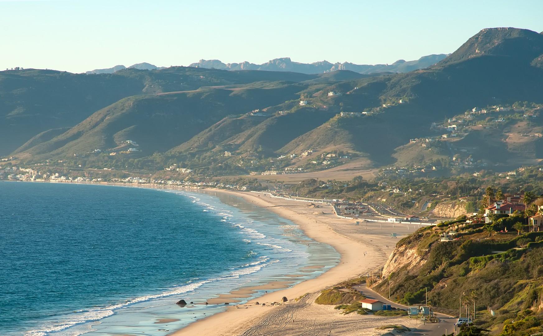 bigs-Point-Dume-View-of-Zuma-Beach-and-Mountains-malibu-ca-Large.jpg