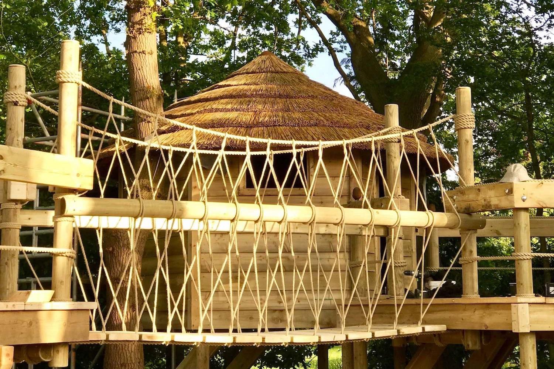 Fixed-Beam-Rope-Bridge-treehouse.jpg