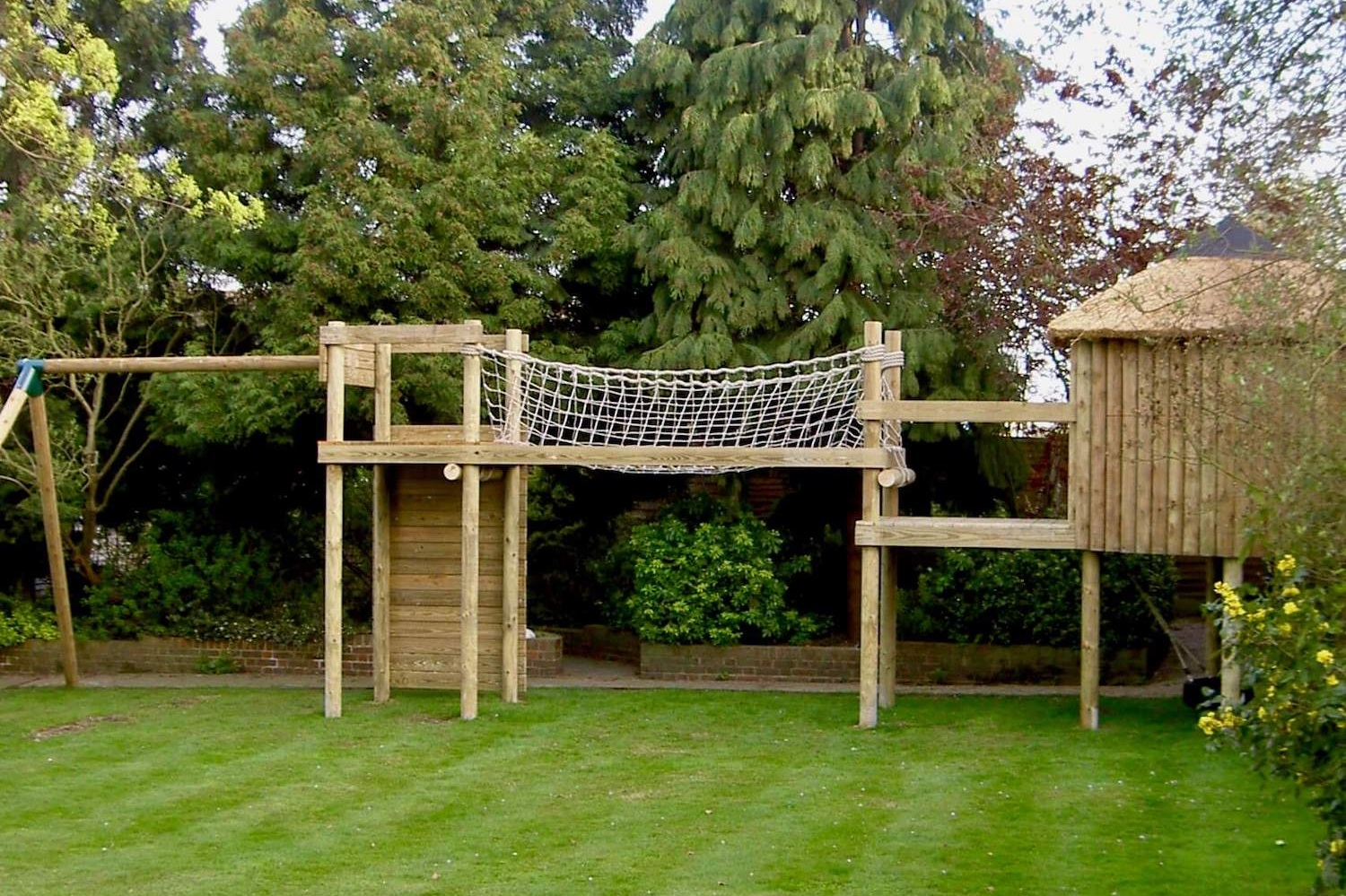 small-garden-treehouse-and-playset.jpg