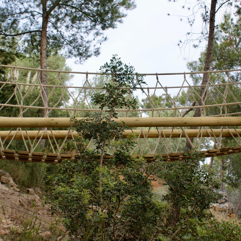 Fixed-Beam-Rope-Bridge-by-Treehouse-Life-Ltd-in-Ibiza.jpg