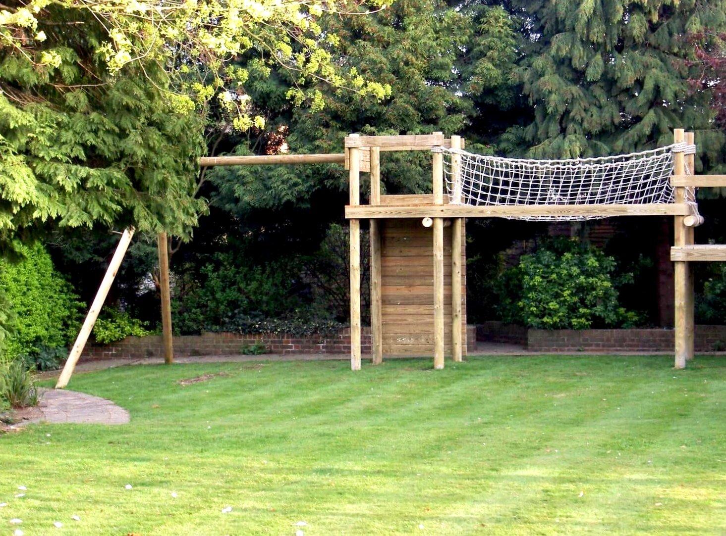 Small Garden Treehouse Play Set Basildon Treehouses Rope Bridges Treetop Walkways And Nest Swings