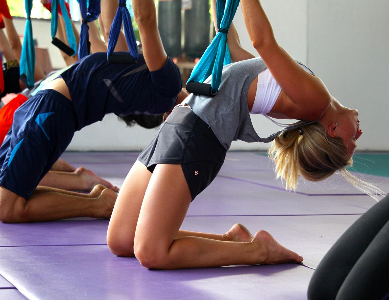 87-aerial-yoga.jpg