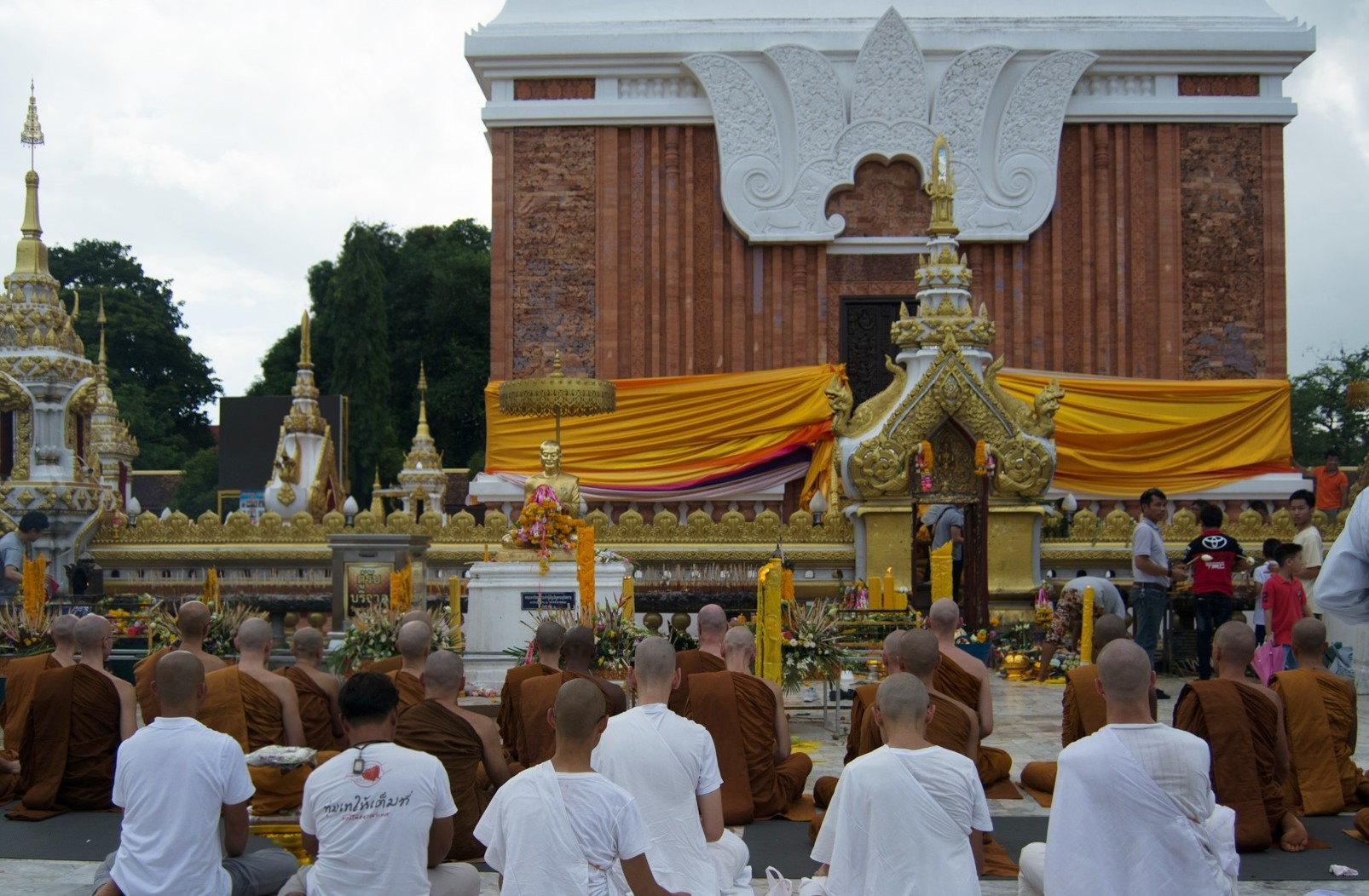 Paying Respects to Phra That Phanom