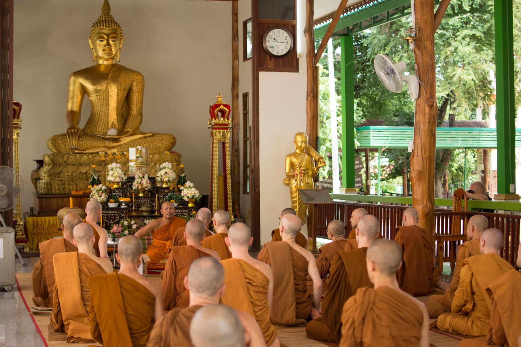 Wat Warintharam (Phra Sriratanobon)