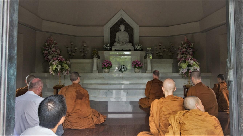 Meditating in Mae Chee Kaeo's Chedi