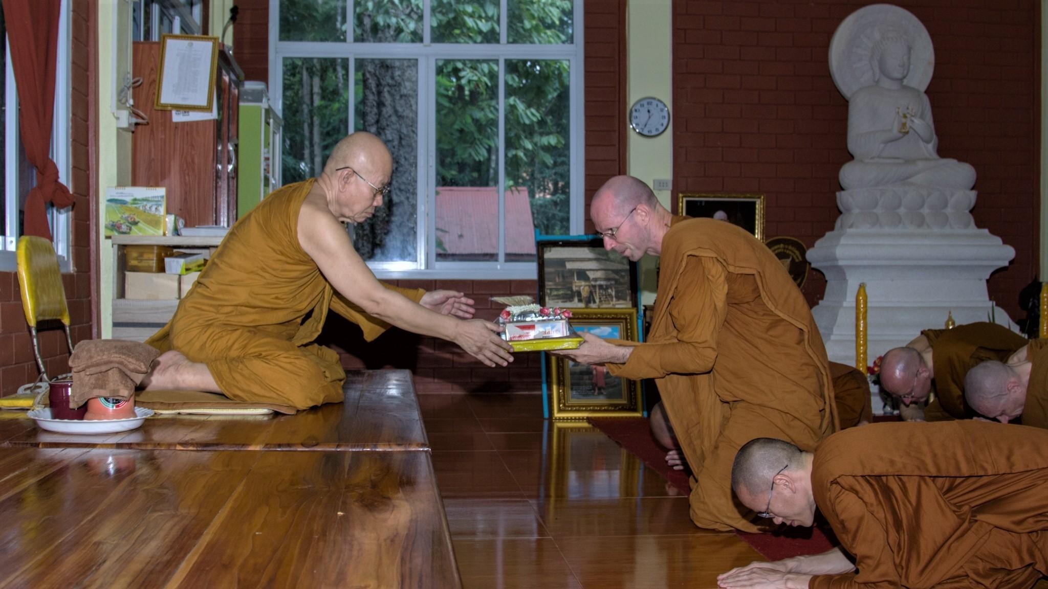 Luang Por Khun (Wat Pah Bho Suvann)