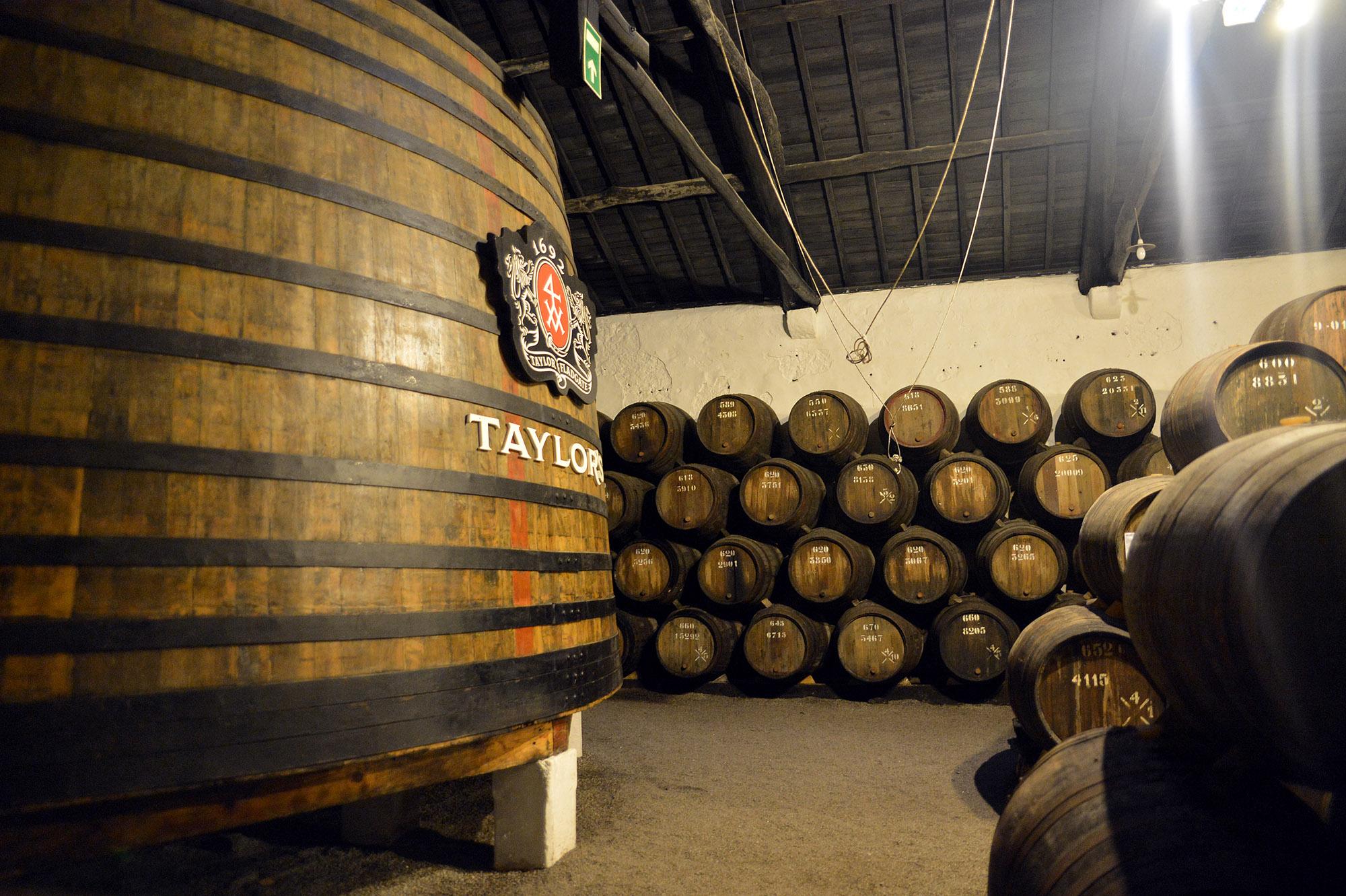 Taylors Lodge Porto 100,00 Litre Vat DSC_0022A.jpg