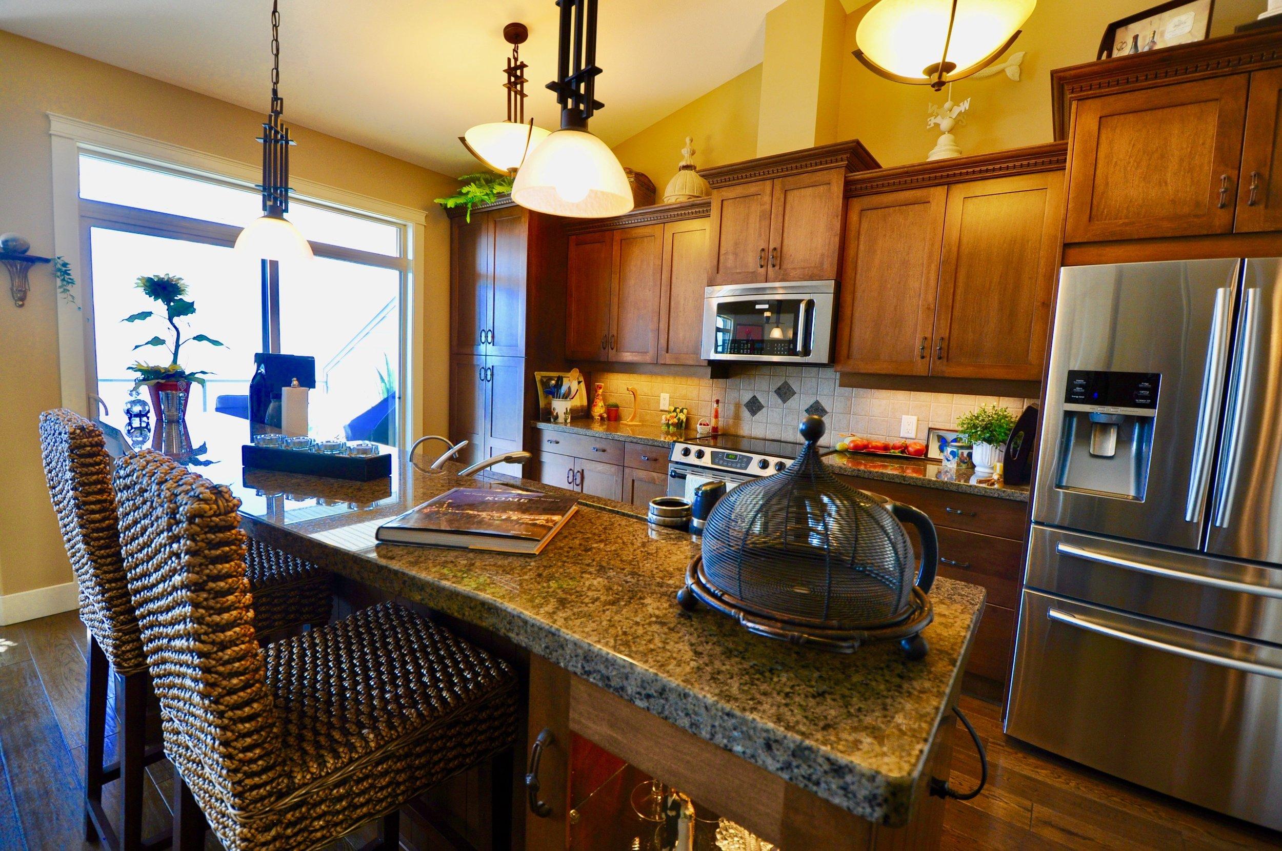 305 4350 Ponderosa Kitchen #2.jpg