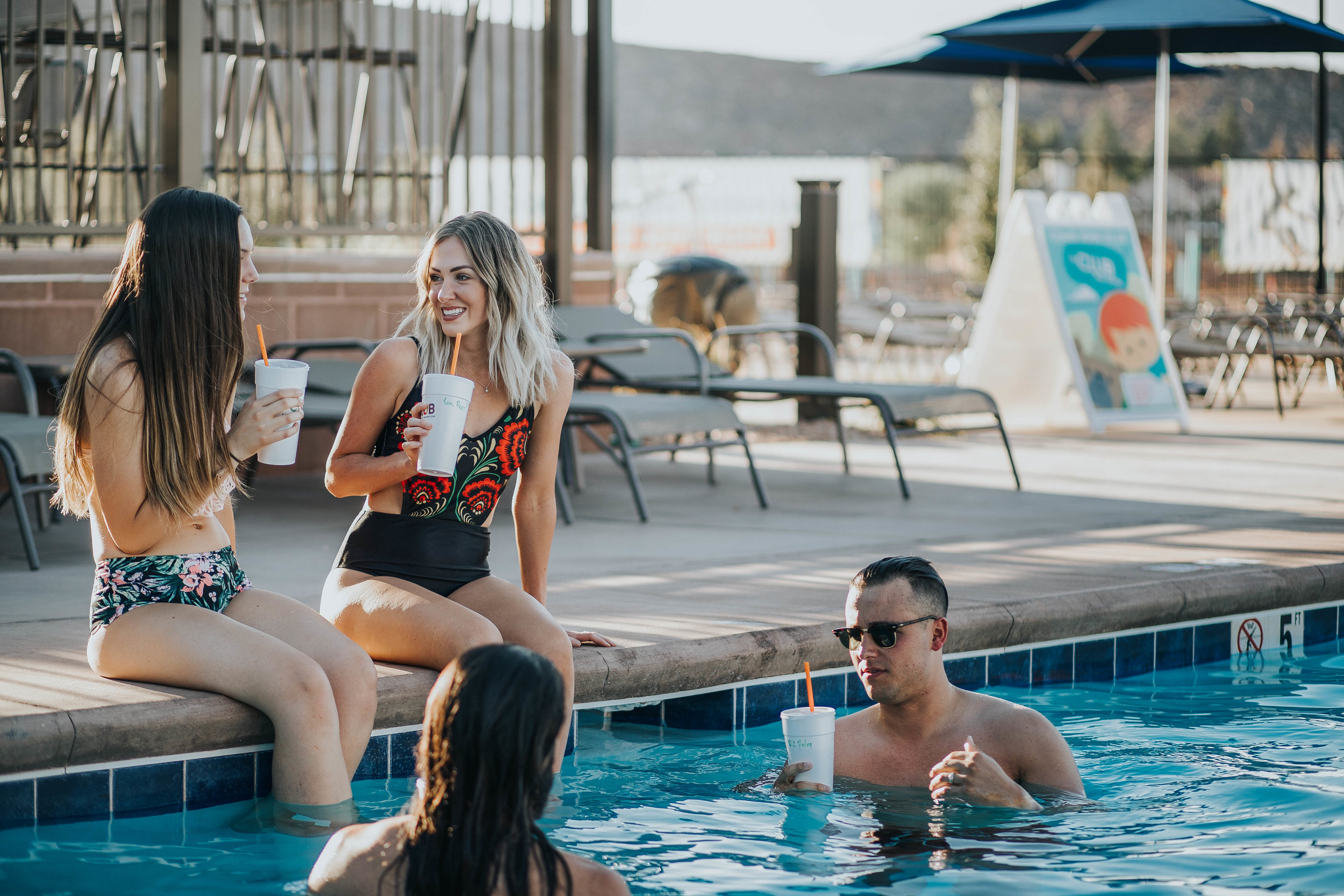 Poolside Service - Order some drinks and have them served to you poolside!