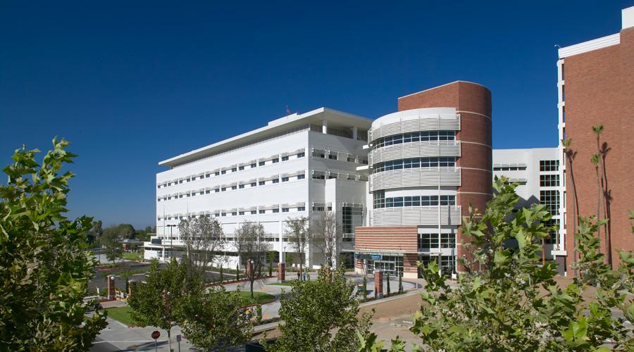 Community Regional Medical Center, Fresno