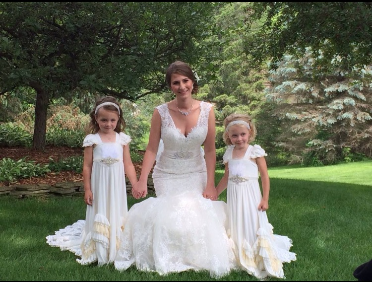 *Flower Girl Hair, Sparkle, Gloss $60 - Formal hair for the flower girl age 6 and under. This service for a mini formal hair style , and includes a complimentary dash of shimmer and lip gloss in the makeup chair. The flower girls love to get glammed up with the rest of the party!30 mins.