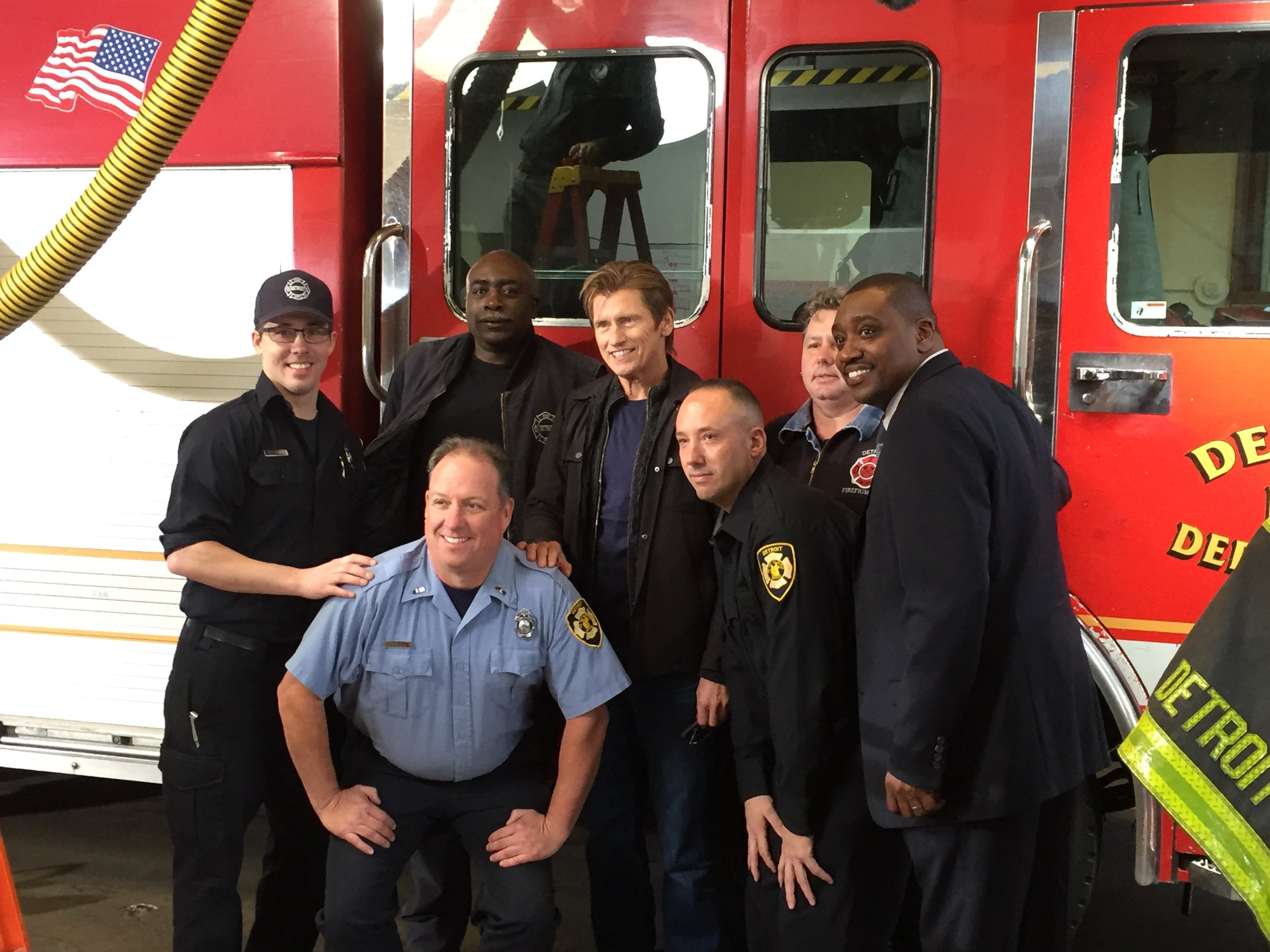 Denis Leary & Detyroit Firefighters.JPG