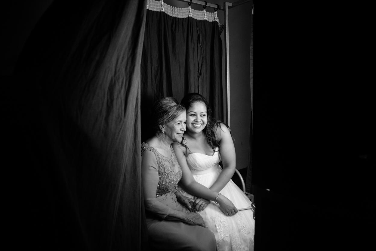 london wedding documentary photobooth.jpg