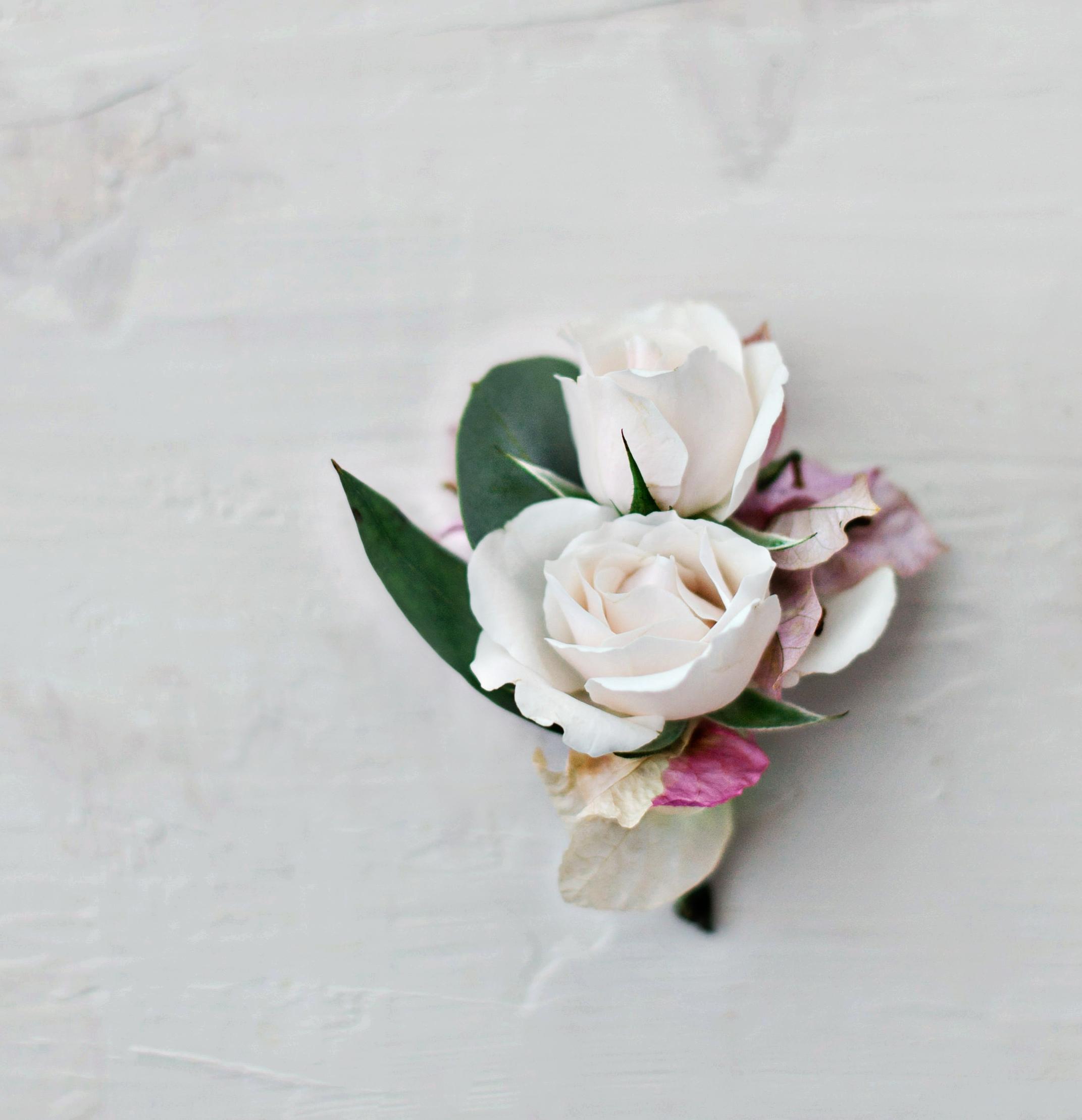 boutonnieres for elopement-4432.jpg