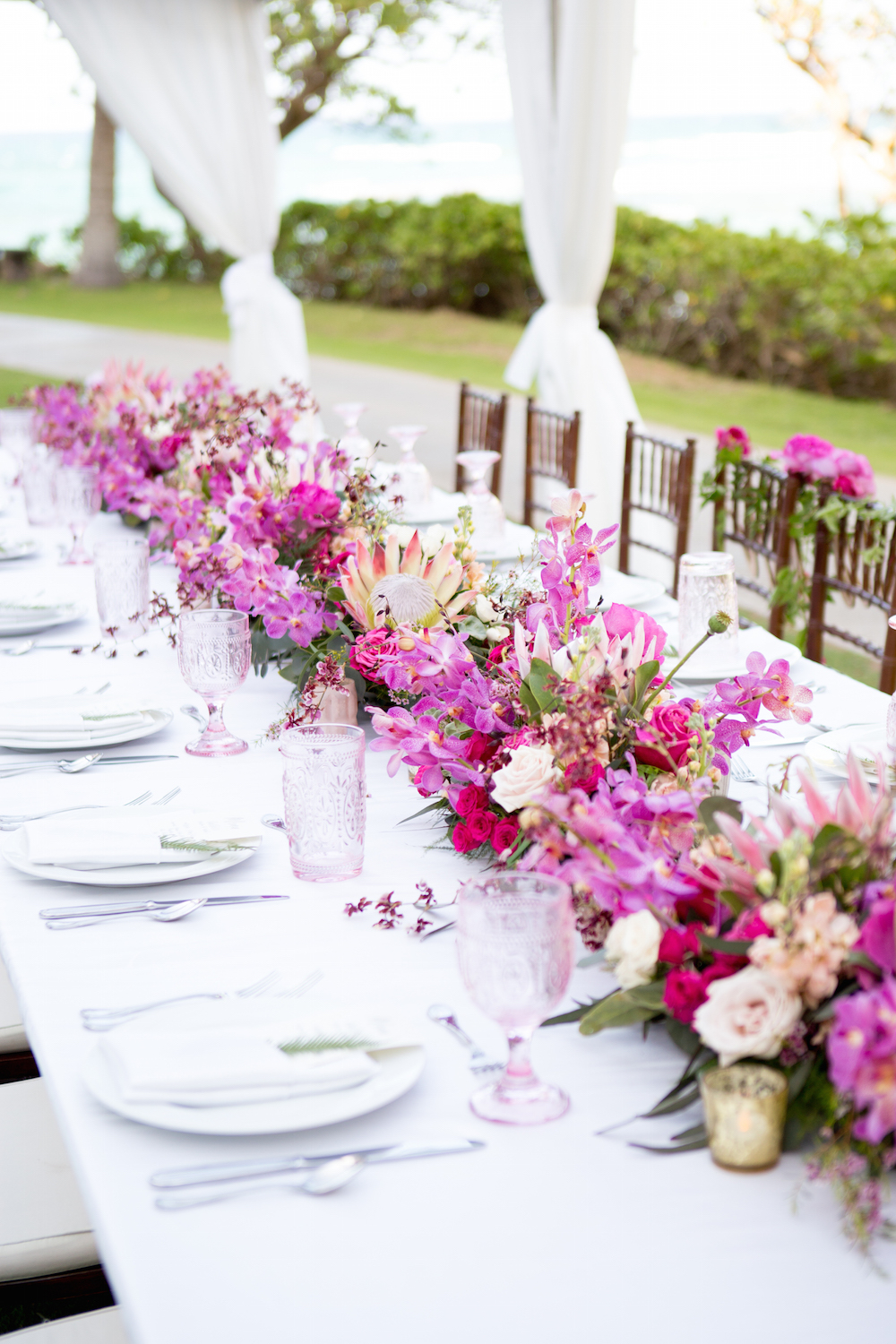 Tropical-hawaii floral centerpieces.jpg
