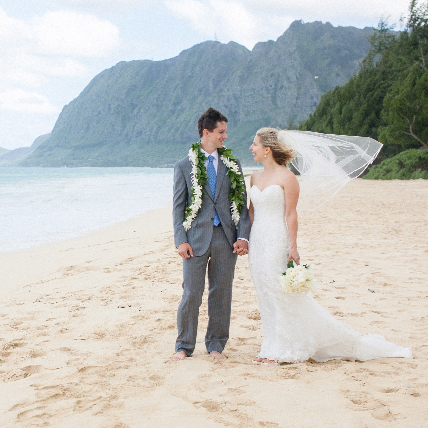 Waimanalo elopement, hawaii elopement