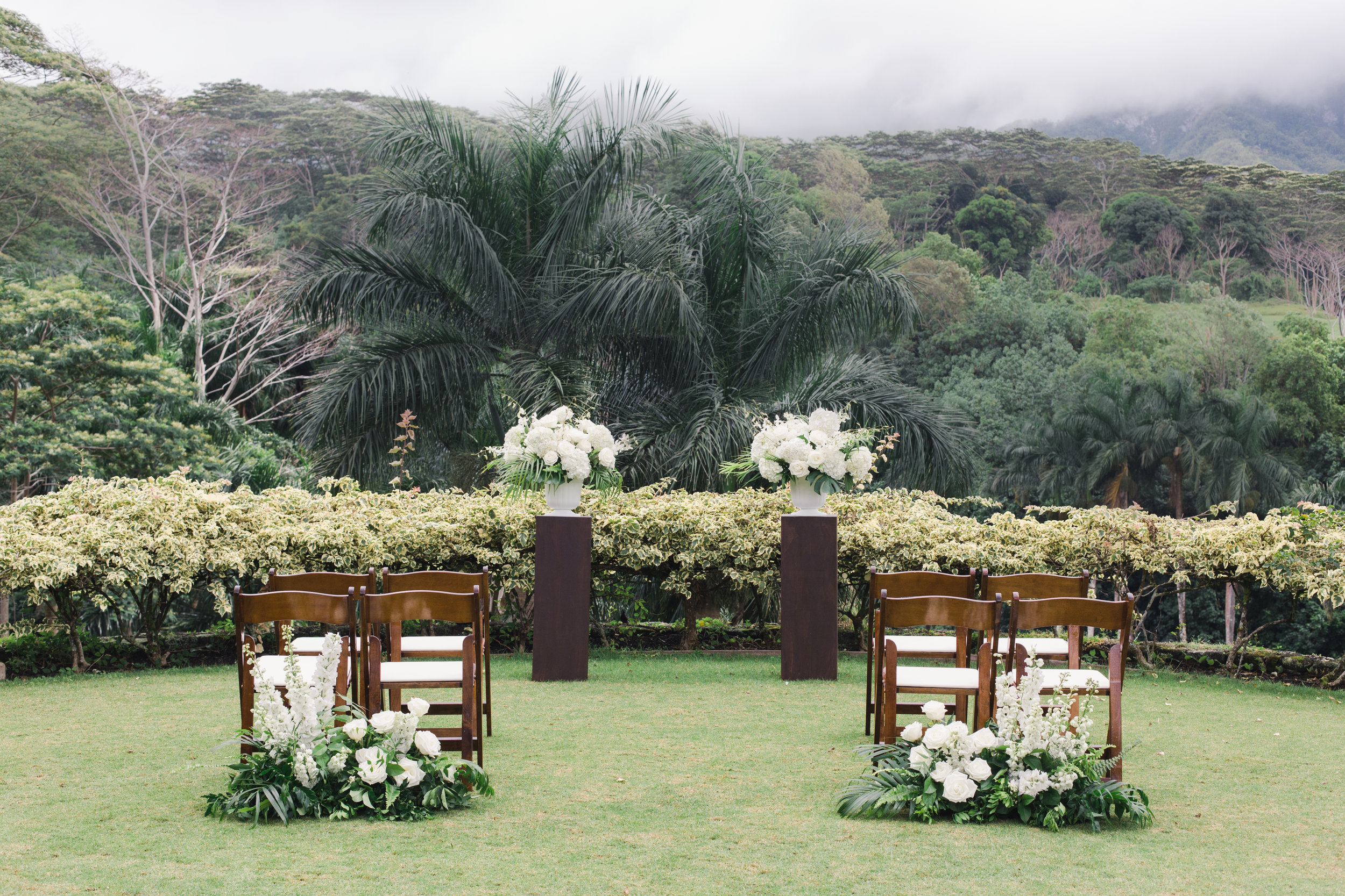 Jungle Elopement Oahu.jpg