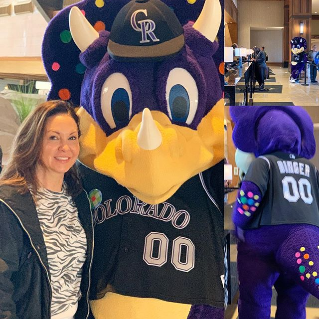 Look who was checking in while I was checking out! #Dinger @rockies @marriottbonvoy @gaylordrockies