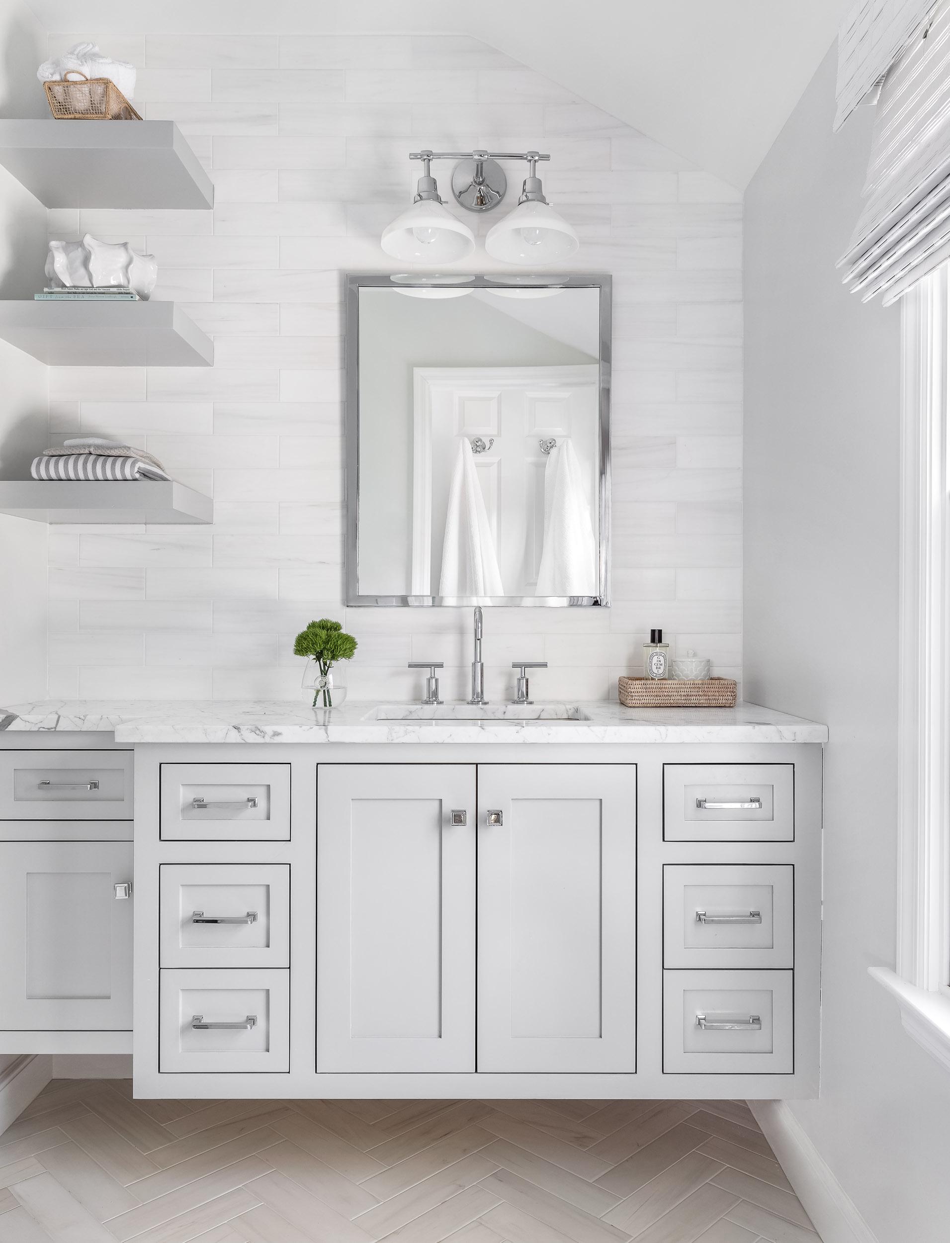 parker and parker design-interior design photography-darien ct-master bathroom-white and grey.jpg