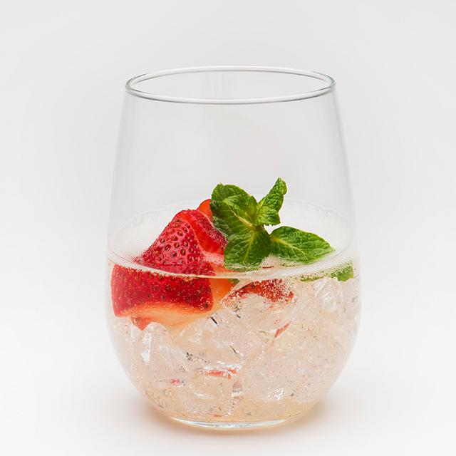 jardesca-strawberry-spritz-recipe.png