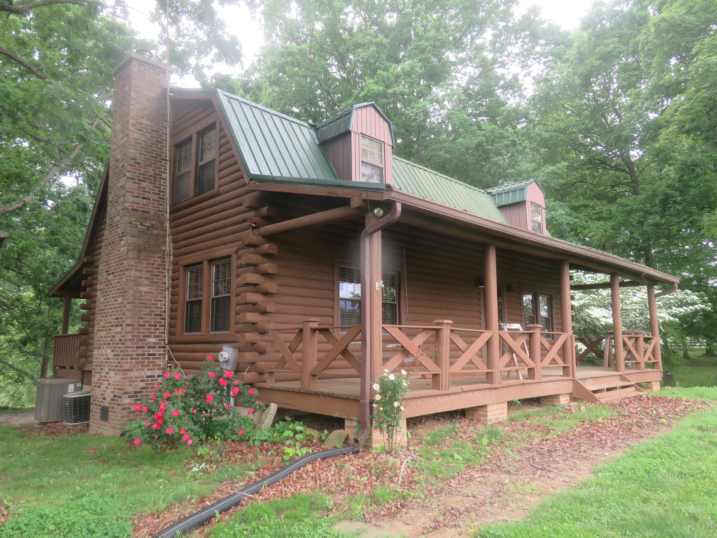 Barn at Spring Lake Farms Rental House.JPG