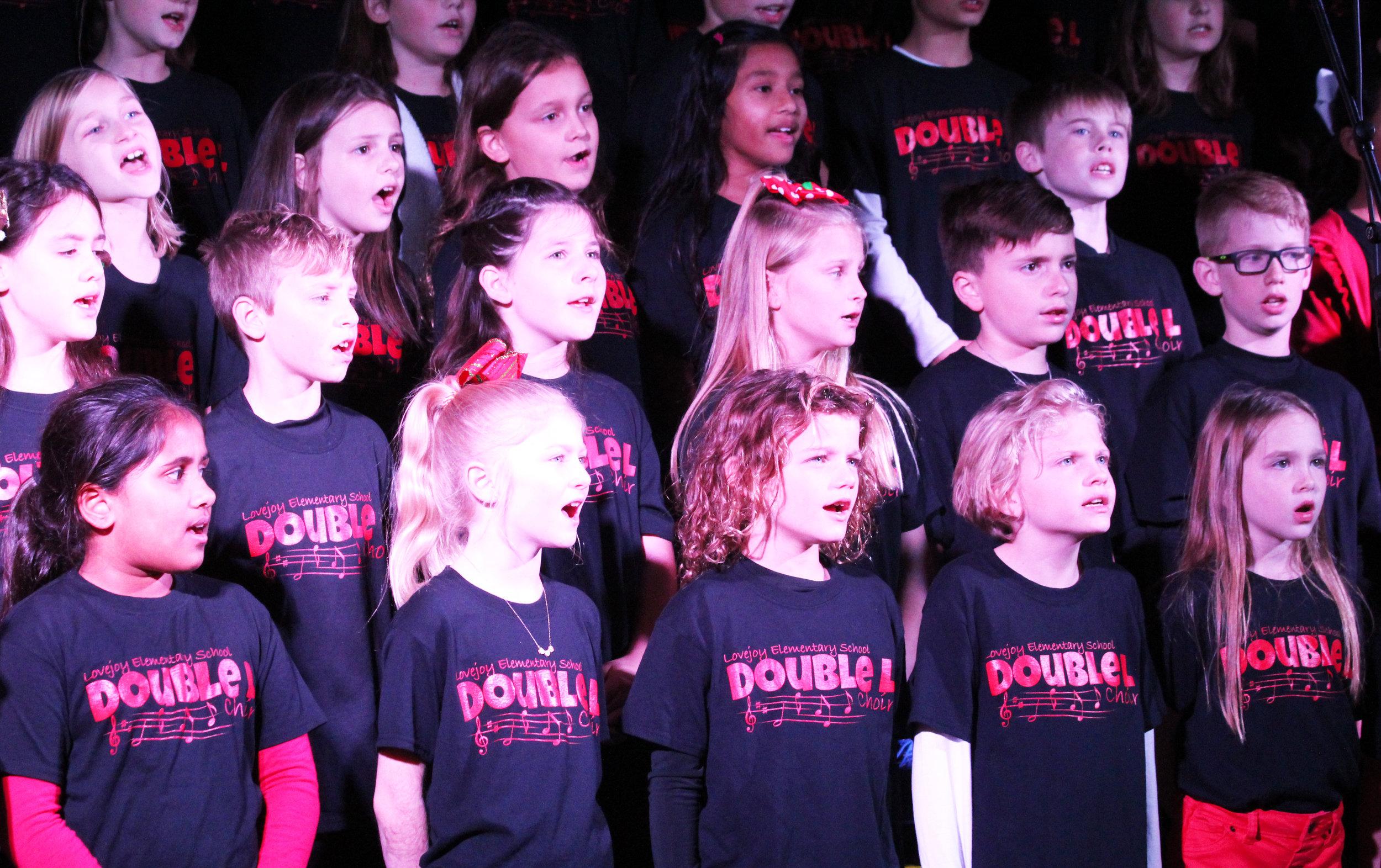 Fairview Christmas choir2.jpg