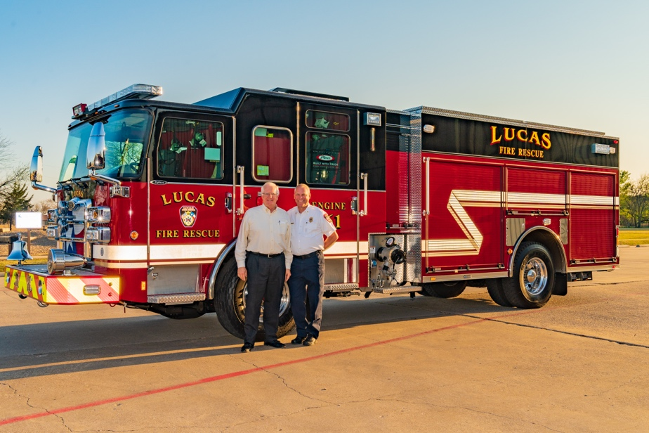Councilmember Wayne Millsap (L) and Fire Chief Ted Stephens (R).