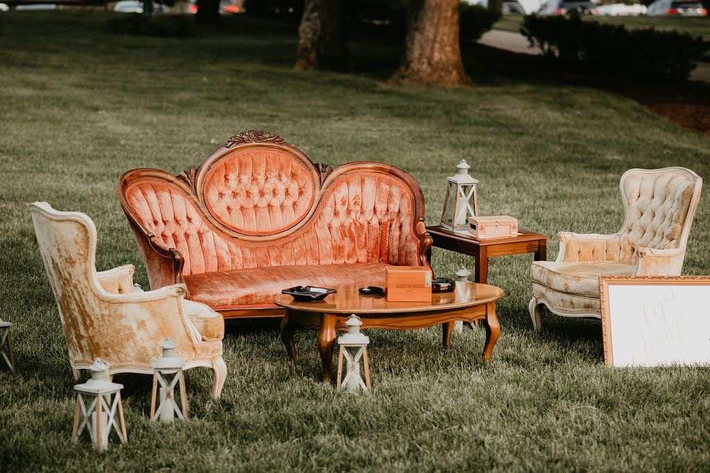 Creating a lounge for your wedding is always a great addition! Any of the below furniture items can be combined to create a lounge package or work great for styling wedding pictures. The loveseats and arm chairs are also a great add to a sweetheart table or head table.