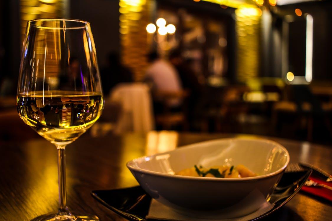 restaurant-wine.jpeg