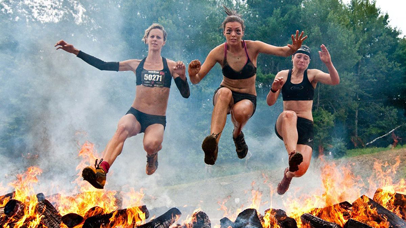 I think I'd be the girl on the right...   (Image via TheQuench.com, courtesy of Spartan Race )