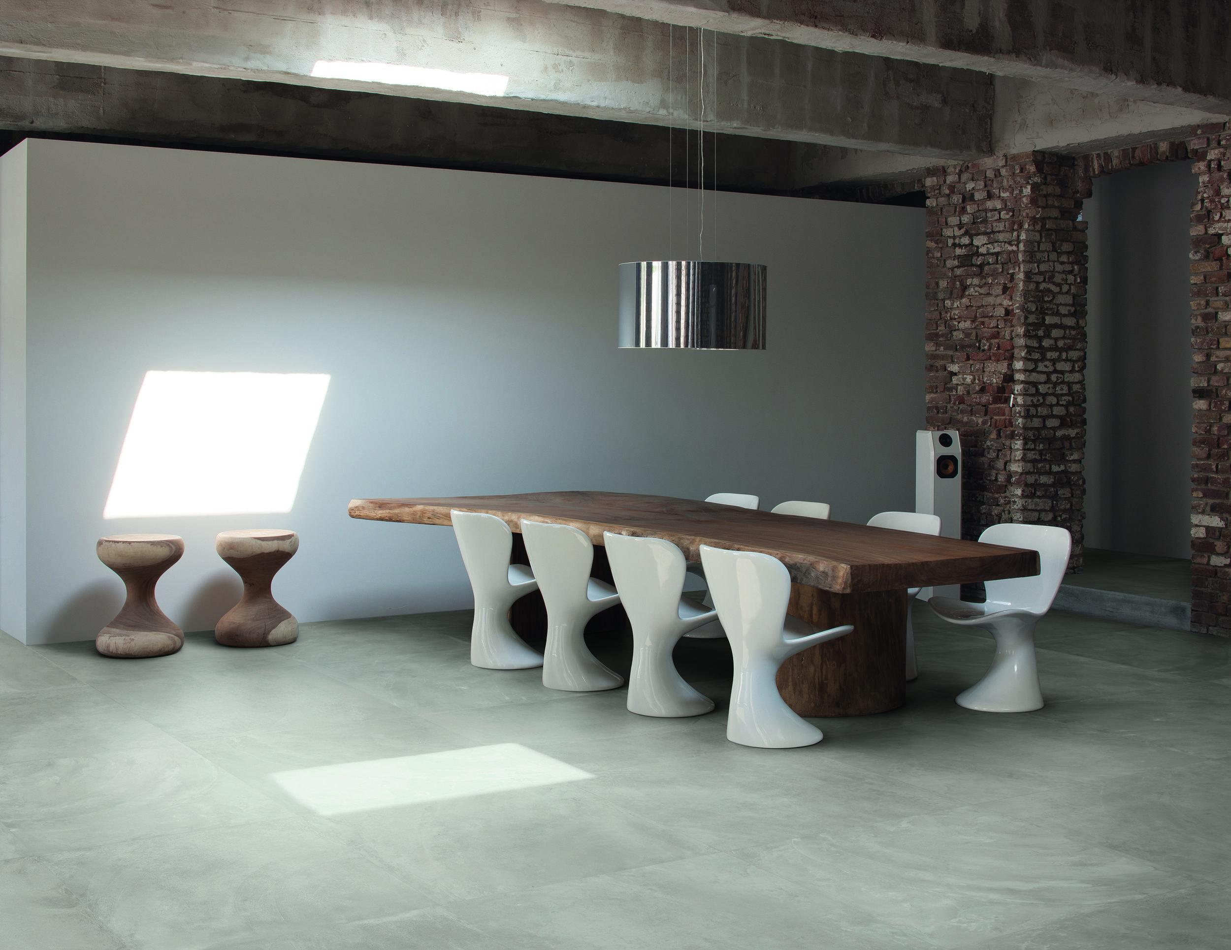 ArchitectResin BerlinGrey nat 80x80 Amb living_Part.jpg
