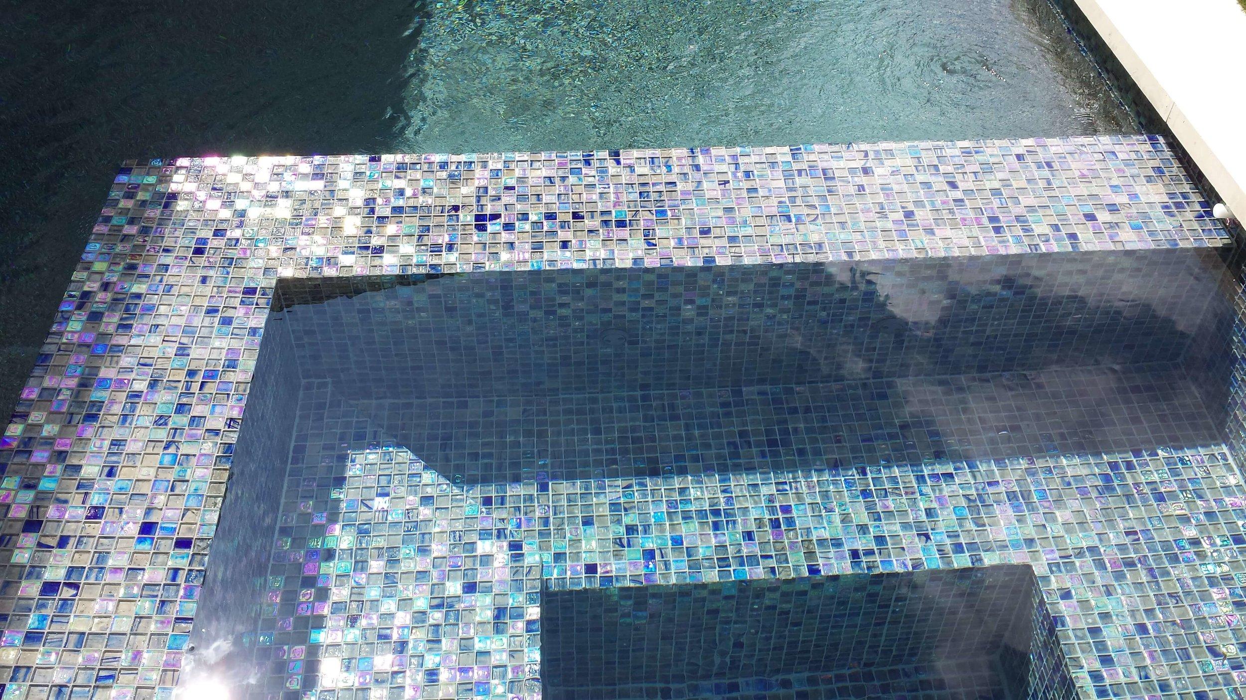 Hirsch-Glass-Tile-JI0623.jpg