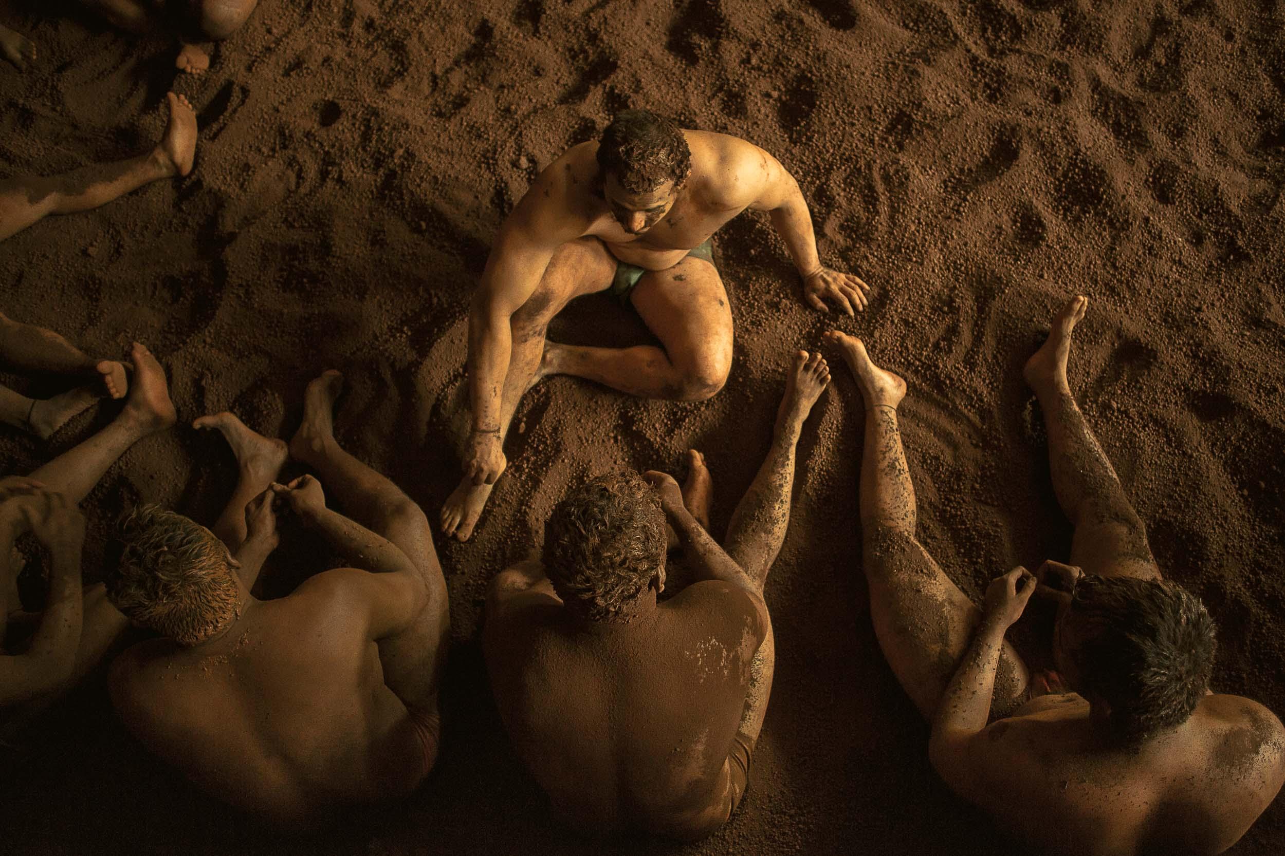 Sindhur_Photography_Travel_People_Wrestlers-31.JPG