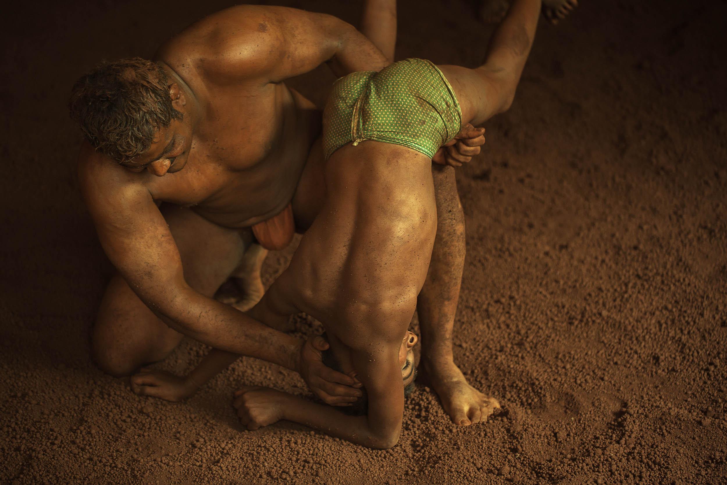 Sindhur_Photography_Travel_People_Wrestlers-32.JPG