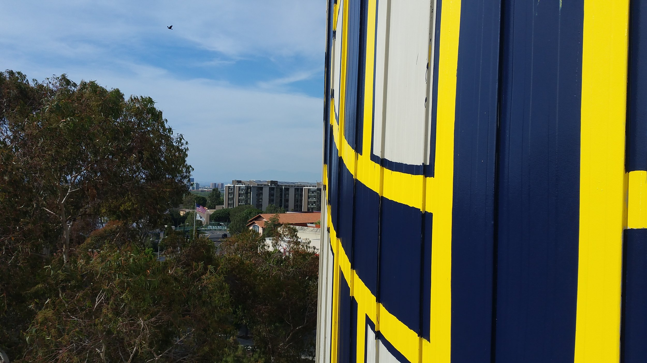 UC IRVINE TANK GRAPHIC VIEW ACROSS CAMPUS